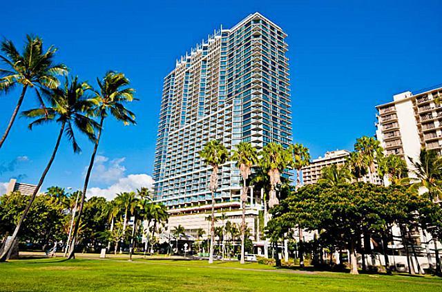 Waikiki Beach Trump Tower one bedroom apartment