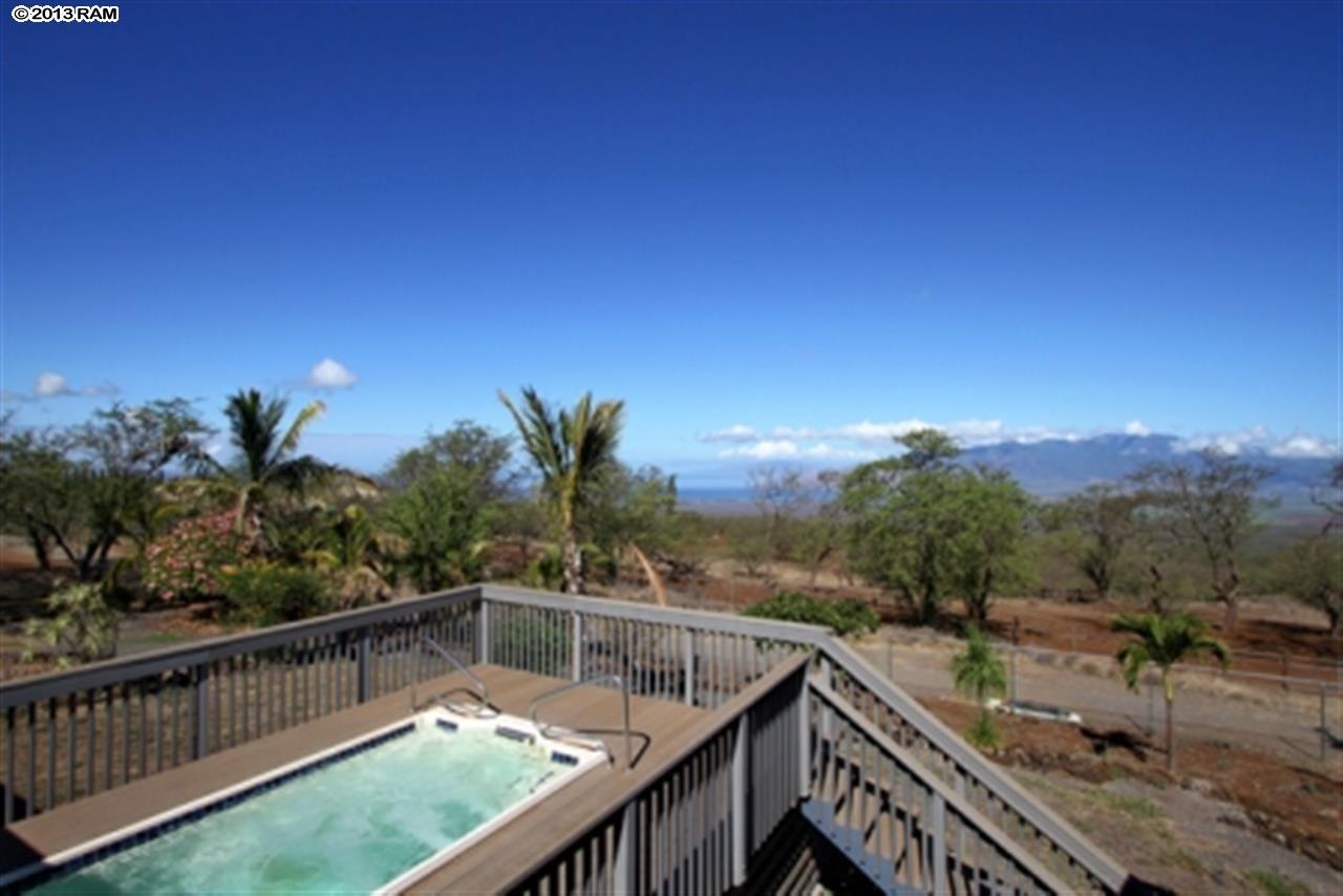 maui-horse-ranch-pool