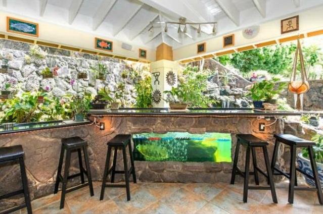 Oahu Mililani Home for Sale patio bar