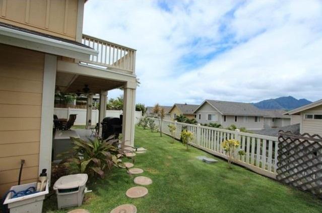 waianae home - backyard