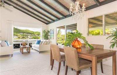 Waterfront Kailua Property - great room