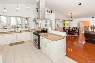 Home in Miliani - kitchen
