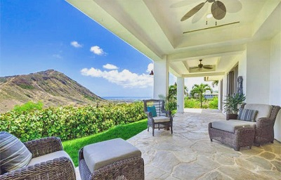 Luxury Estate at Na Pali Haweo - patio deck
