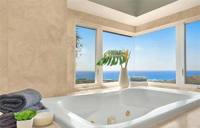 Luxury Estate at Na Pali Haweo - bathroom